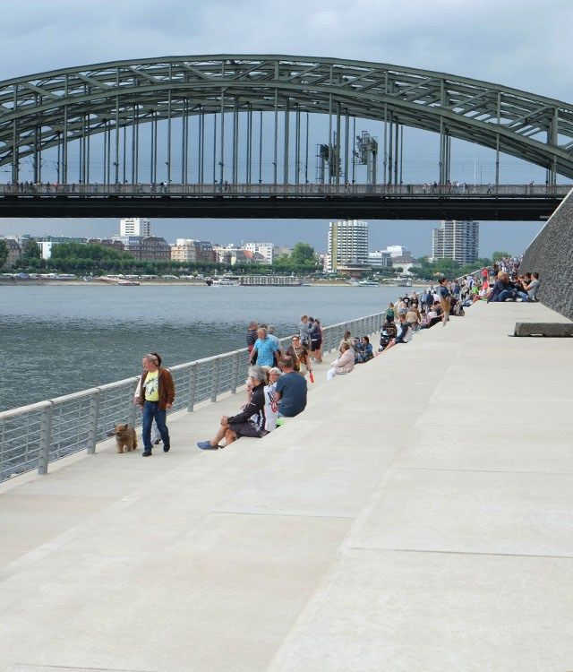 Rheinboulevard Köln   was eigenes