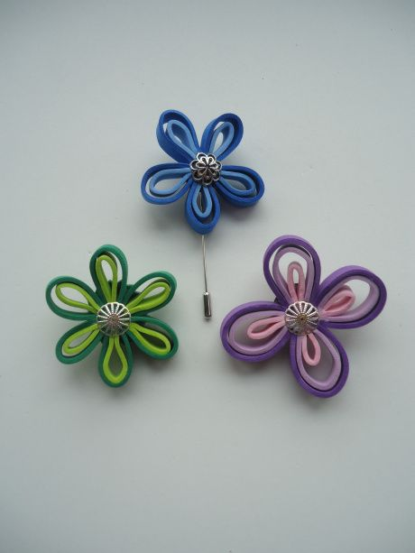 17 best images about manualidades goma eva on pinterest - Broches para manualidades ...