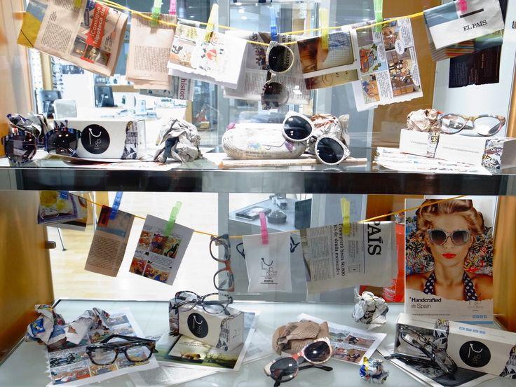 Escaparate #Paper & #Paper #eyewear en #Orihuela. www.paperandpapereyewear.com