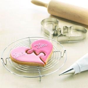 wedding showerShower Ideas, Valentine Cookies, Heart Cookies, Bridal Shower, Cookies Cutters, Cookie Cutters, Puzzles Piece, Wedding Cookies, Puzzles Cookies