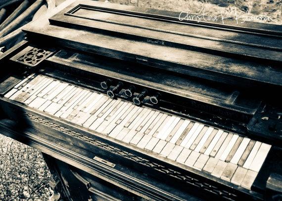 antique piano christina klausen