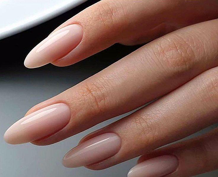 سيروم لوتس لتطويل الأظافر مستخلص أعشاب وزيوت طبيعية بالاضافة الى فيتامينات E C و D يطيل الأظافر بطريقة طبيعية وصحية In 2020 Nail Trends Long Nails November Nails