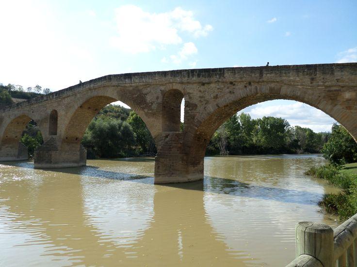 Puente de la Reina en Puente la Reina, Navarra #MiCamino