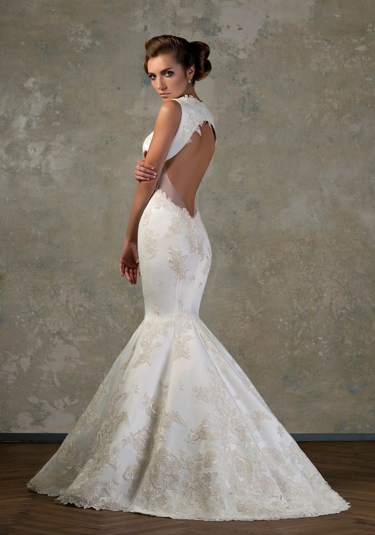 18 best images about Mermaid Wedding Dresses on Pinterest ...