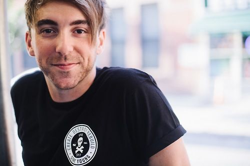 ALEX GASKARTH ANNOUNCES NEW AWG LINE - PUP FRESH