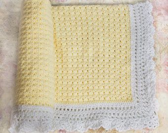 Crochet bebé manta, manta amarilla, manta de recién nacido, género neutro, decoración cuarto de niños, regalos de la ducha de bebé, revelan género, niño, bebé