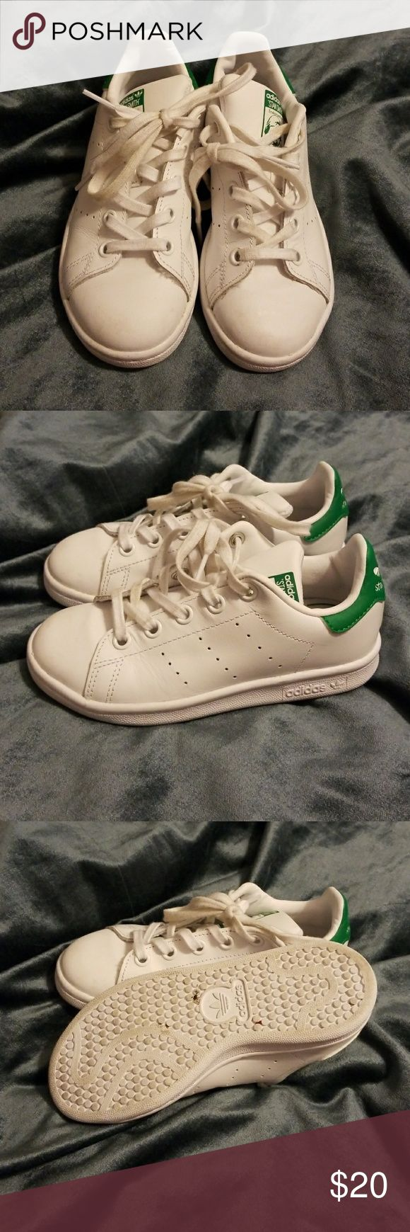 💚Stan Smith Adidas Gently worn little boy's Stan Smith adidas adidas Shoes Sneakers