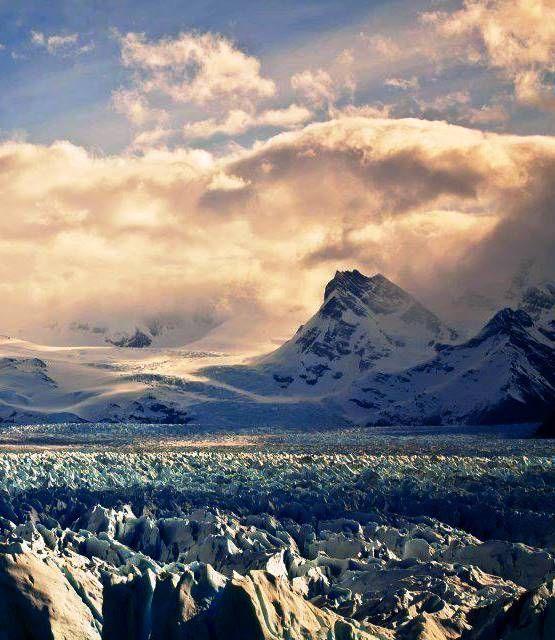 El Calafate Tierra de Glaciares. Argentina