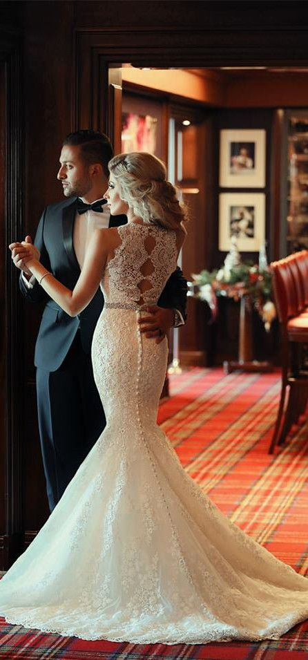 Glamorous Sleeveless Lace Beadings Mermaid Wedding Dress; absolutely love the backing and the beads