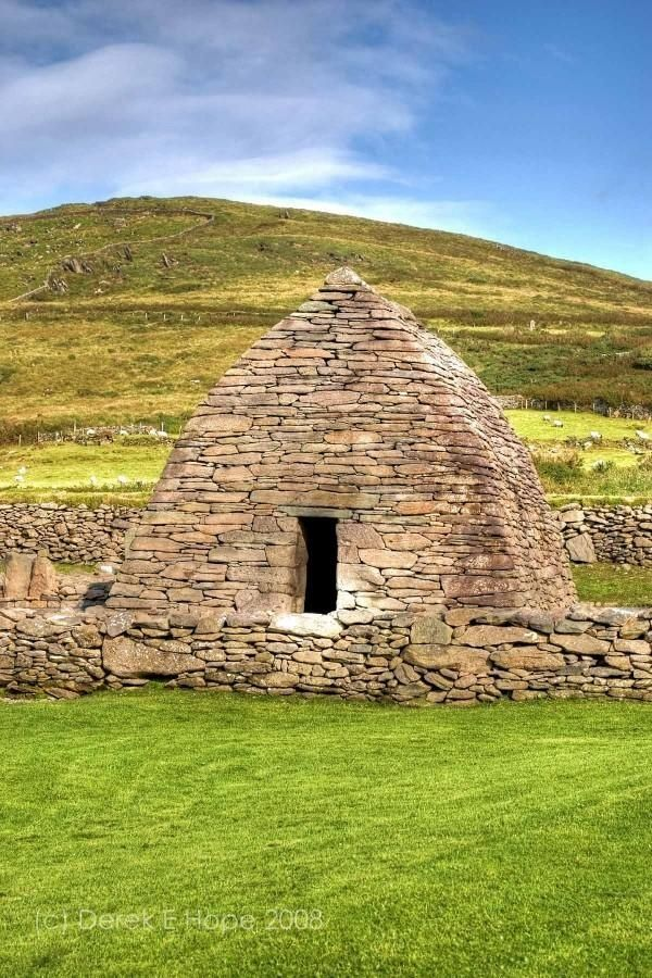Oldest Church In Ireland, Dingle; Gallus Oratory, http://www.pinterest.com/pin/85216617922862049/