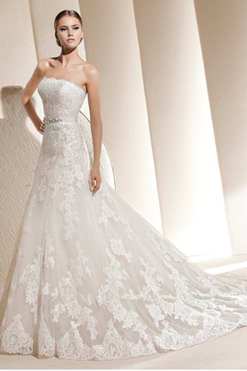 Fresh Looking Fabulous Strapless Neckline for Lace A-line Wedding Gown DS $145.99