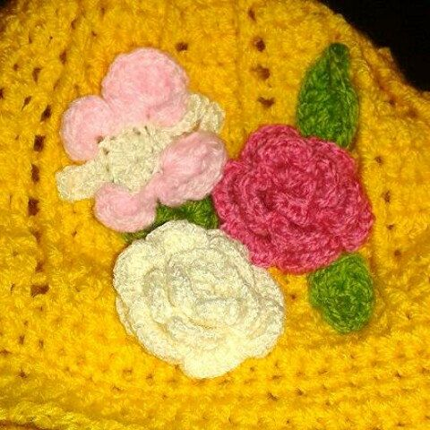 Finishing off another summer cloche hat.  This one includes a butterfly.