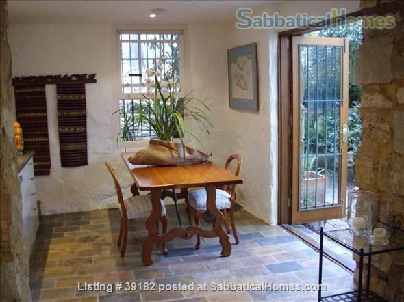 SabbaticalHomes - Home for Rent Sydney 2021 Australia, Spacious secluded Paddington apartment with