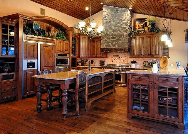 23 best Gourmet Kitchen images on Pinterest   Beautiful kitchen ...