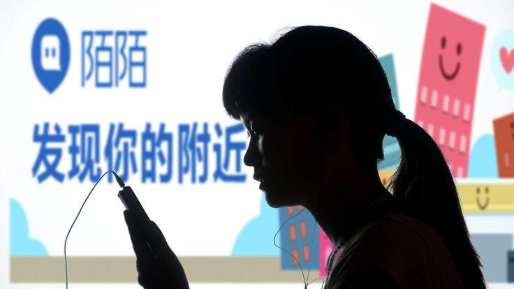 En China todos estamos en venta: así funciona el mercado humano por internet. Noticias de Tecnología. Se pueden adquirir esposas vietnamitas, jóvenes que pretender ser pareja durante la reunión familiar de Año Nuevo, 'amigos' a los que se les cuentan las penas, licenciados, y, cómo no, prostitutas