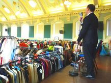 This was our first ever fair back in April 2015 at Henley town hall. We had the fabulous swing singer Steve Conway entertaining the crowds which gave the day a great vibe to the day.