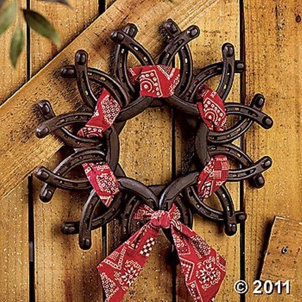 Horseeshoe Wreath with Bandana hahaha I can soon make one with all the horseshoes my hubby finds along the road