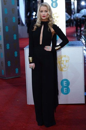 Laura Whitmore - Star da red carpet/ Le stelle di Hollywood ai Bafta Awards 2013 - alfemminile.com