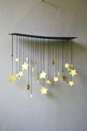 raining stars mobile