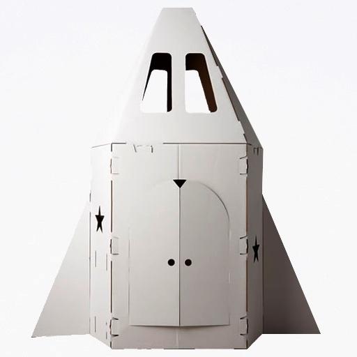 Si, lembra quando fiz uma nave com uma caixa de mudanca que sobrou em casa, toda forrada de papel aluminio?