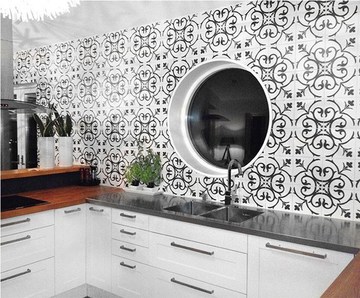 Det här kaklet vill jag ha i vårt kök! Marockanskt kakel Konradssons Kerion classic noir/A decor 20x20 cm. Stonefactory.se
