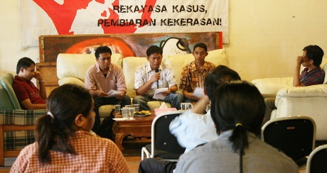 Transparency International Indonesia- great website and resources