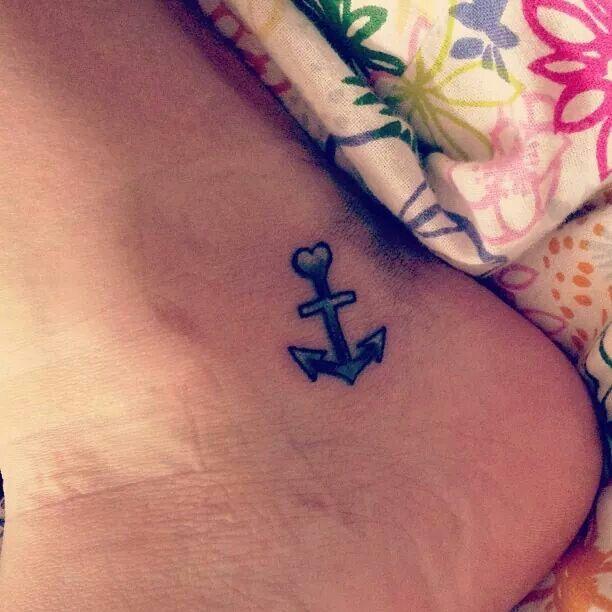 94 besten tattoo bilder auf pinterest tattoo vorlagen bienen und tiertattoos. Black Bedroom Furniture Sets. Home Design Ideas