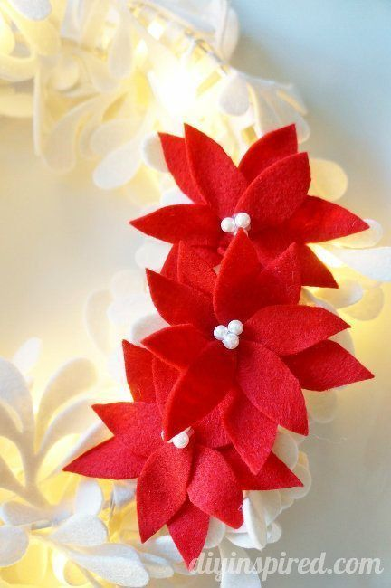 DIY No Sew Felt Poinsettias Tutorial - Use them for stockings, wreaths, tree skirts, gift wrapping or as ornaments.