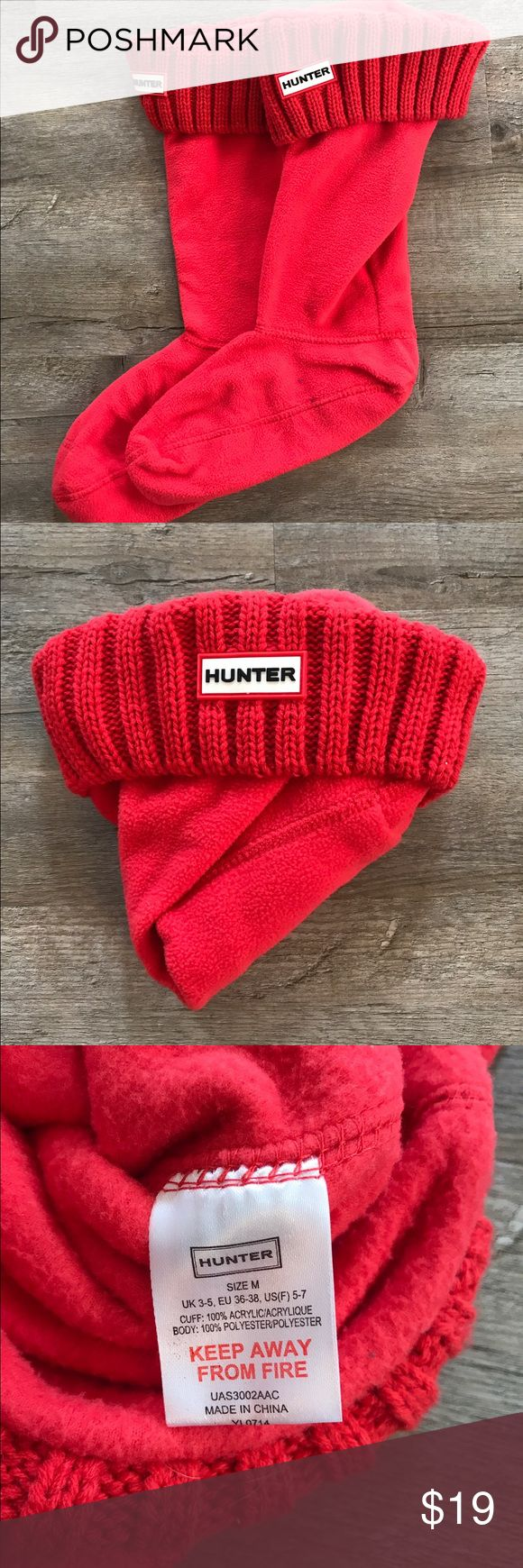 Hunter Wellie Socks Medium Hunter Wellie Socks size medium. The pictures show the true color of the socks. Please meme know if you have any questions. Hunter Boots Accessories Hosiery & Socks