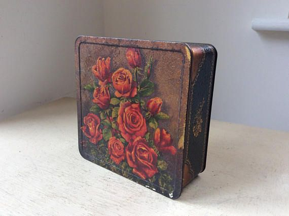Vintage Antique Macfarlane Lang & Co Red Roses BISCUIT or CAKE
