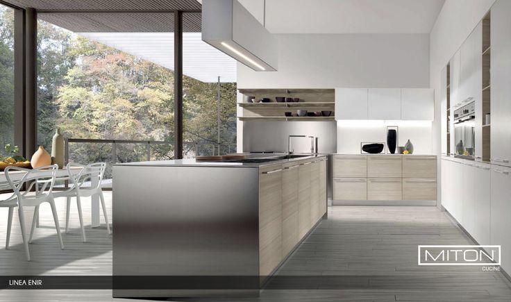Ideal para cocinar, funcional para los suministros de la vivienda y para mantener todo perfectamente organizado. •#Design  #HomeDecor #InteriorDesign #Color #Colour  #HomeDesign #modernkitchen #italian #design