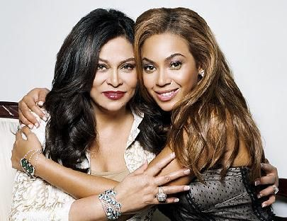 Tina Knowles before the cosmetic surgery with Beyonce