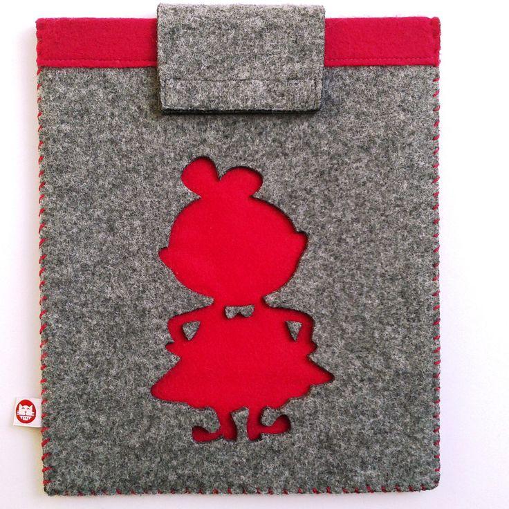 """Etui na tablet """"Mała Złośnica""""; Projektant: Bascat; Wartość: 84,99 zł; Poczucie nowoczesności: bezcenne. Powyższy materiał nie stanowi oferty handlowej"""
