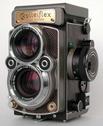 ● Amazingly Cool! - ROLLEIFLEX 2.8 GX TLR - Twin Lens Reflex - the perfect street photographers tool!