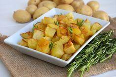 Patate al forno, scopri la ricetta: http://www.misya.info/ricetta/patate-al-forno.htm