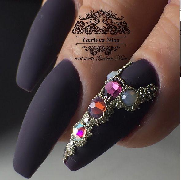 Шикарные ногти от Нины!!! gurievaninaДолгожданная коррекция моей Рыжей красотки😊 Данный цвет есть в наличии нашем магазине @gurieva_market из гель лаков а так же все размеры и разноцветные микробульонки ❤❤❤ #gurievanina #swarovski #swarovskishimmer #микробульонки #идеидляманикюра #nail #nails #nailart #naildesign#vladikavkaz#nais#beauty