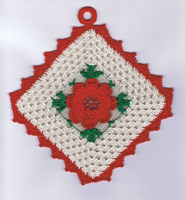 Ravelry: Beauty Rose Potholder #9466 pattern by The Spool Cotton Company,  Can't wait to make this.