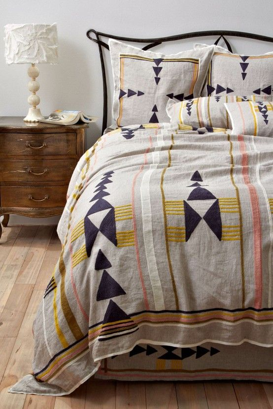 Love this graphic pattern on the neutral linen.  Wondering if I could DIY with a combo of sewing and stenciling?...