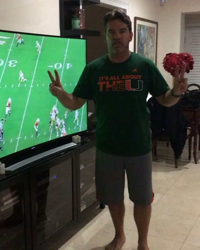 """Orange Bowl Push-Ups""  Day 522 - Go 'Canes!!!! 22 Veterans a day commit suicide due to PTSD.  22 push-ups a day to raise awareness about veteran suicide and mental health issues. ""Not only am I committed to doing 22 push-ups a day for the Vets, I will also close your home loan in 22 days!!!"" #ptsd #usarmy #vets #veterans #preventsuicide #22pushups  #Suicide #22 #day #usa #americansoldier #god #bless #america #valoans #miami #realestate  #everyday #loans  #mr22 #mr22pushups #22kill…"