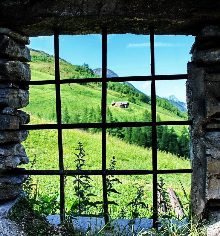 COURMAYEUR (Valle d'Aosta) – VAL FERRET – MALATRA