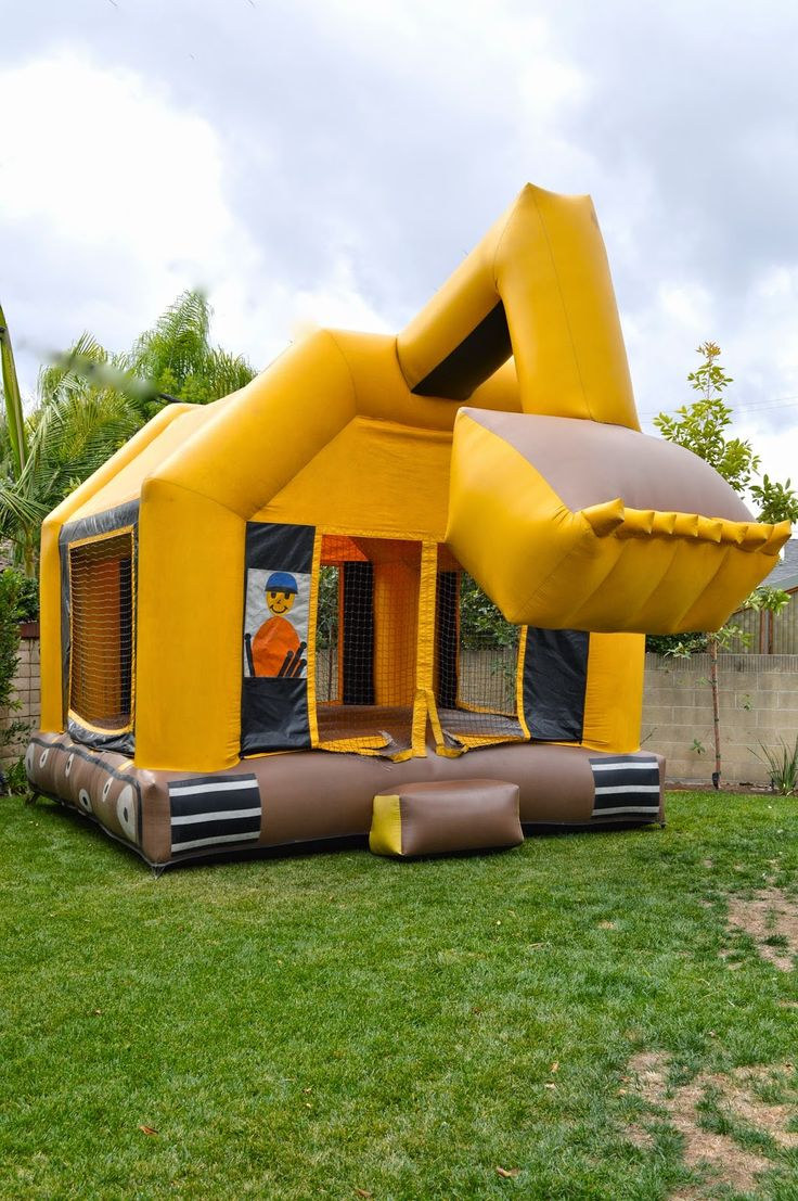 Best 25 Bounce House Parties Ideas On Pinterest Bounce Houses