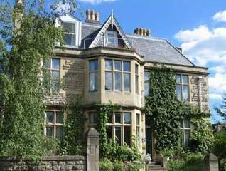 Marlborough House (BATH) - a vegetarian bed and breakfast!!!!!! £130.00 max for two people (95.00 max for one), 2 night minimum on weekends