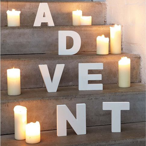"""Christmas Decoration """"ADVENT"""" this is so pretty in that kind of classical rustic with a modern touch way"""