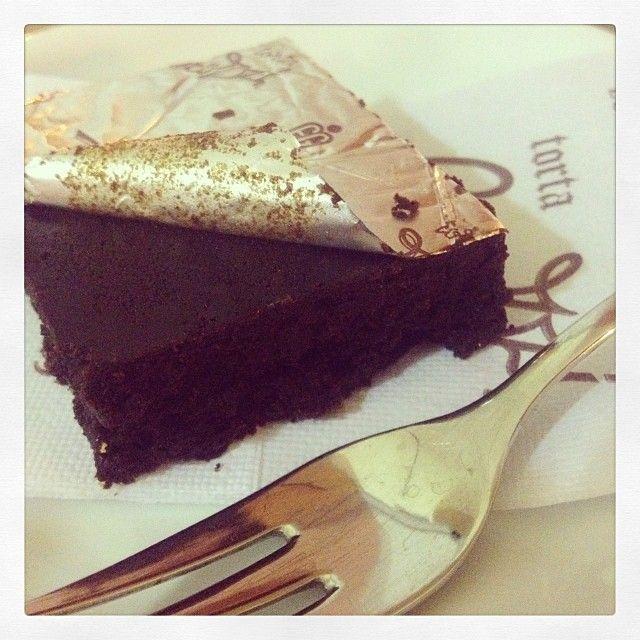 La Torta Barozzi di Vignola - Instagram by teapotgraphicdesign