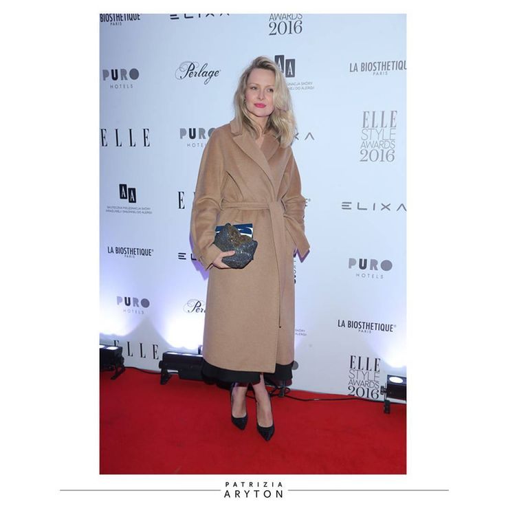 Beautiful actress @marietazukowska in our classic camel coat at Elle Style Awards #actress #star #awards #patriziaaryton #aryton #womenfashion #classic #camel #coat #newcollection #aw16 #autumn #fall #winter #elle #style #outfit #redcarpet #totallook