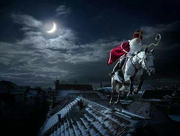 Sinterklaas op de hoge daken
