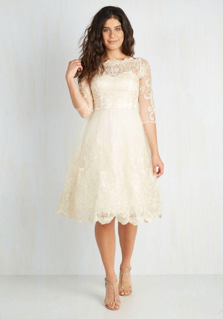 <3  Gilded Grace Dress in Champagne | Mod Retro Vintage Dresses | ModCloth.com