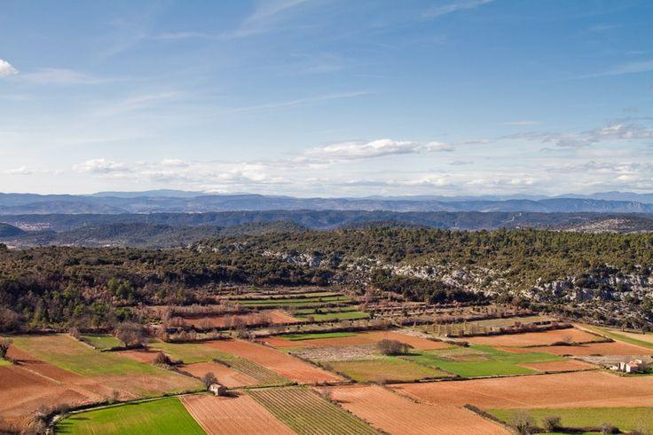 Saint Julien le Montagnier (83) en Provence. Du vieux village, par Muddy photography http://www.flickr.com/photos/escucha/