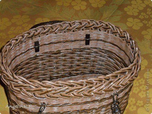 Поделка изделие Плетение Подвесные кашпо Трубочки бумажные фото 5