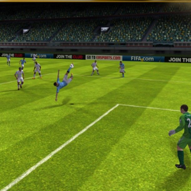 @apppipes photo: Today we enjoy a good game of Fifa 2013 #ios